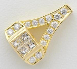 [写真]平和堂 ダイヤモンド計0.52ct 18金 ペンダントトップ【買取相場】