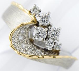 [写真]石川暢子 ダイヤモンド計0.32ct/計0.13ct プラチナ リング【買取相場】