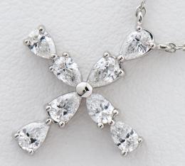 [写真]ハリーウィンストン ミニクロス ペアシェイプ ダイヤモンド プラチナ950 ネックレス【買取相場】