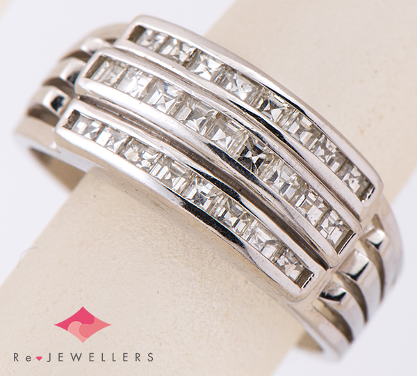 [写真]ダイヤモンド計1.01ct プラチナ リング【買取相場】