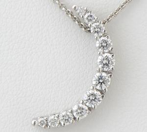 [写真]ミキモト 三日月モチーフ ダイヤモンド計0.45ct K18WG ネックレス【買取相場】