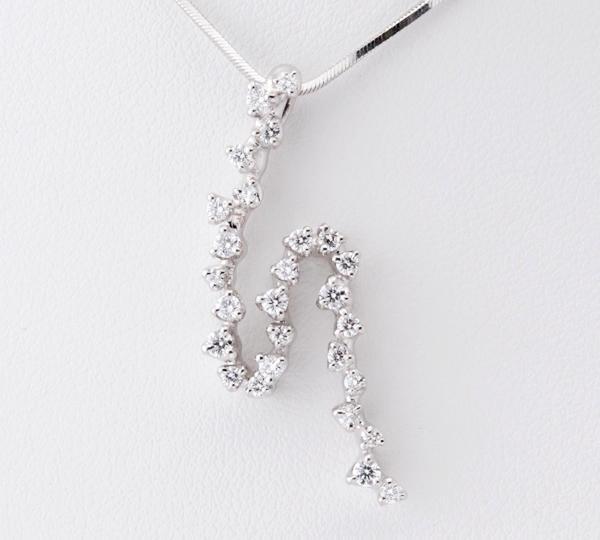 [写真]星の砂 ダイヤモンド計0.48ct プラチナ900/850 ペンダント・ネックレス【買取相場】