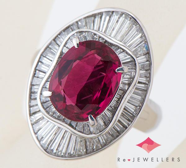 [写真]タイ産 ルビー 4.58ct ダイヤモンド計2.20ct プラチナ900  リング・指輪【買取相場】