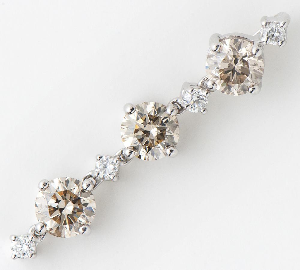 [写真]ブラウンダイヤモンド計2.30ct ダイヤモンド計0.23ct K18WG ペンダントトップ【買取相場】