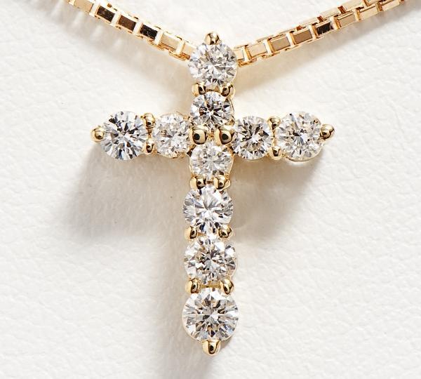 [写真]クロス ダイヤモンド計0.50ct 18金 ネックレス【買取相場】