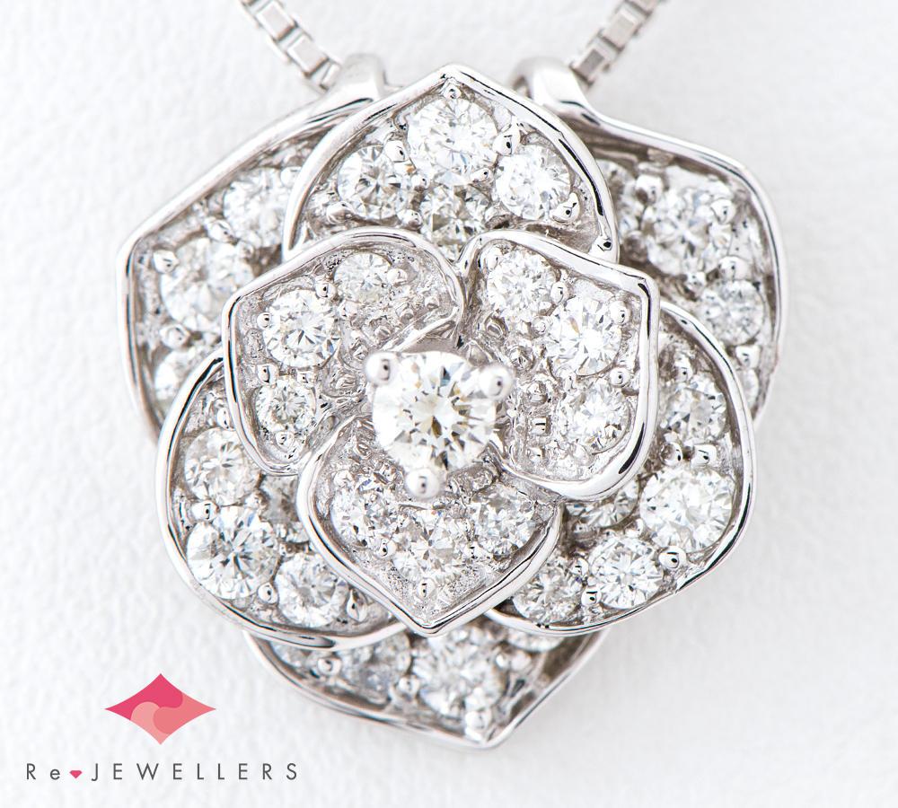 [写真]薔薇モチーフ ダイヤモンド計1.00ct 18金ホワイトゴールド ペンダント・ネックレス【買取相場】