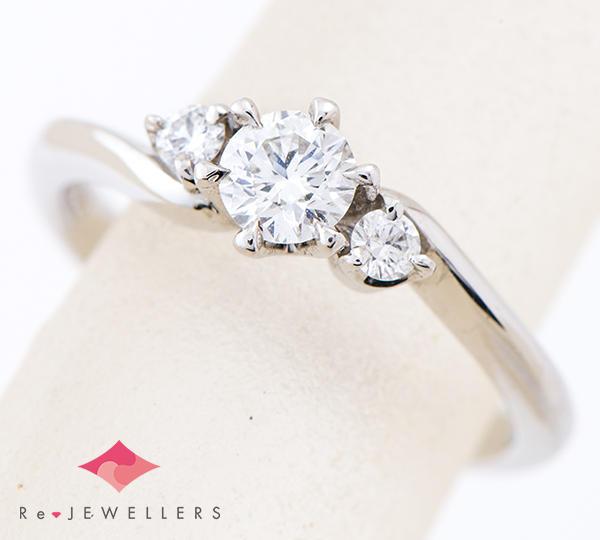 [写真]ダイヤモンド0.235ct E-SI1-EX H&C 計0.06ct プラチナ リング・指輪【買取相場】